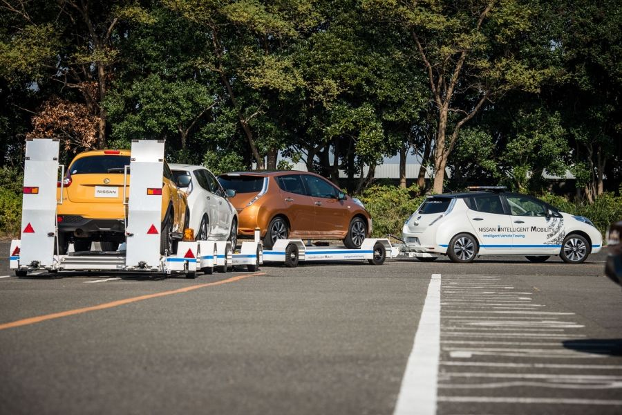 426165229_nissan_introduces_driverless_towing_system_at_oppama_plant-960×600