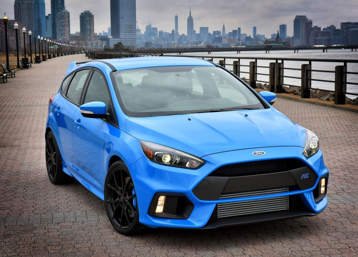 all-new-ford-focus-rs-is-going-global-1