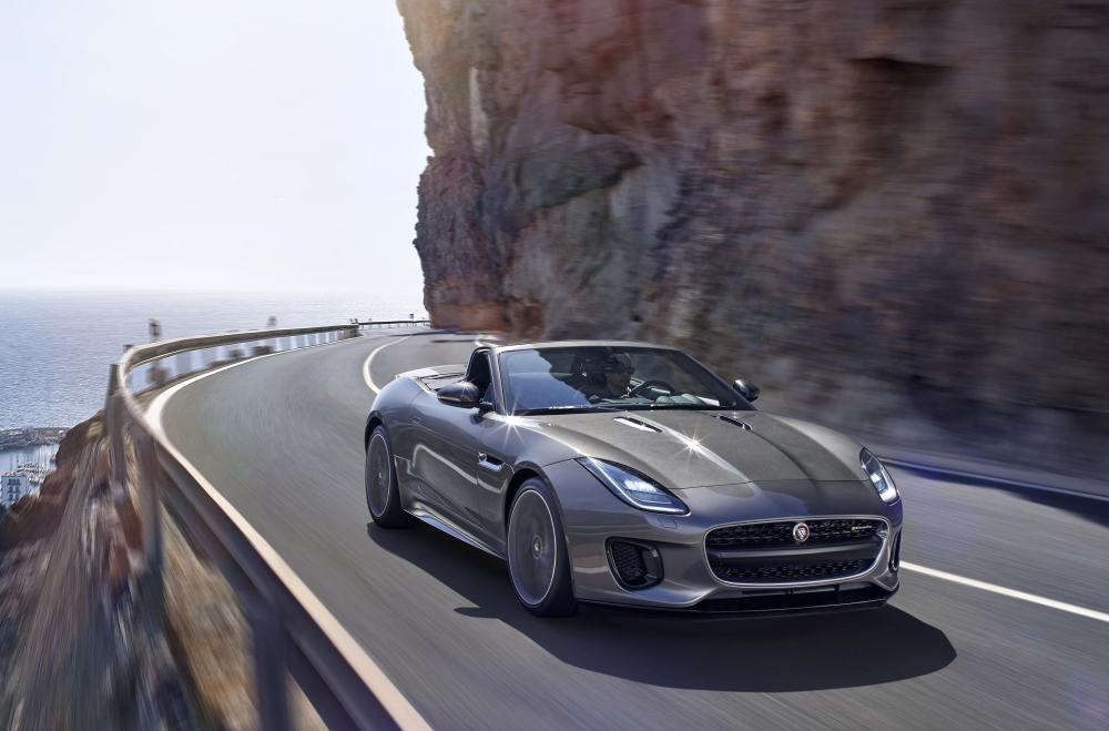 jaguar_f-type_18my_r-dynamic_051216_0900_gmt_location_exterior_01
