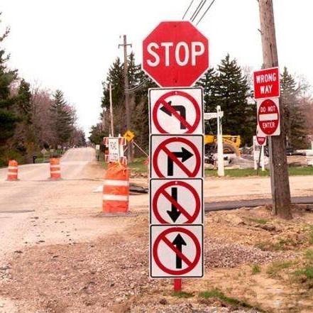 sfl-viral-crazy-road-signs-009