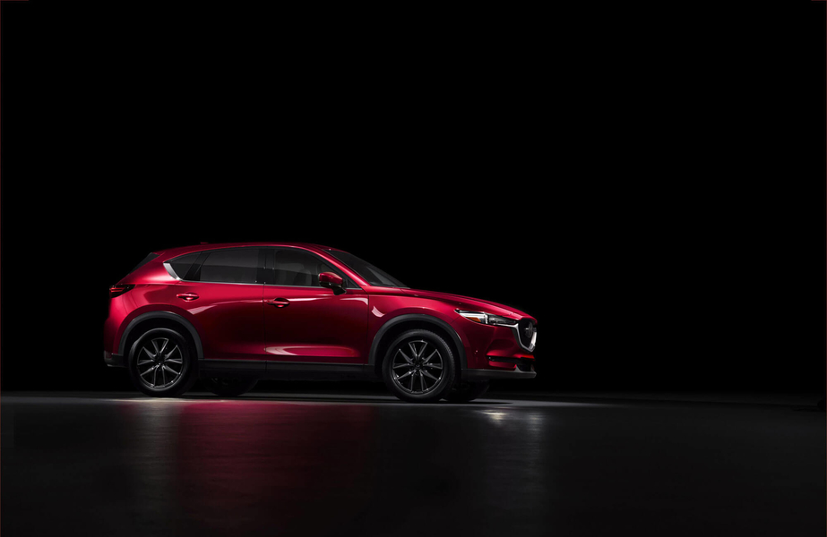2-All-new-CX-5-studio_NA-6-960×600-2535a6f9f1a5b77184dda6cc6886c545b09bdee6
