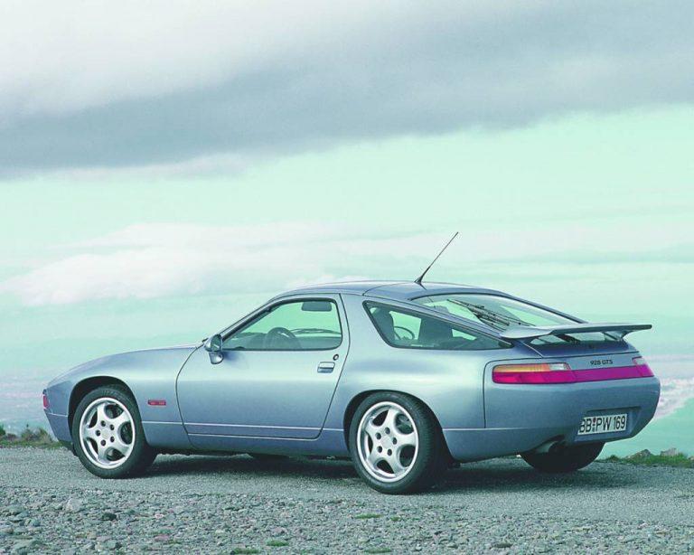 7 Porsche 1992_porsche_928_gts