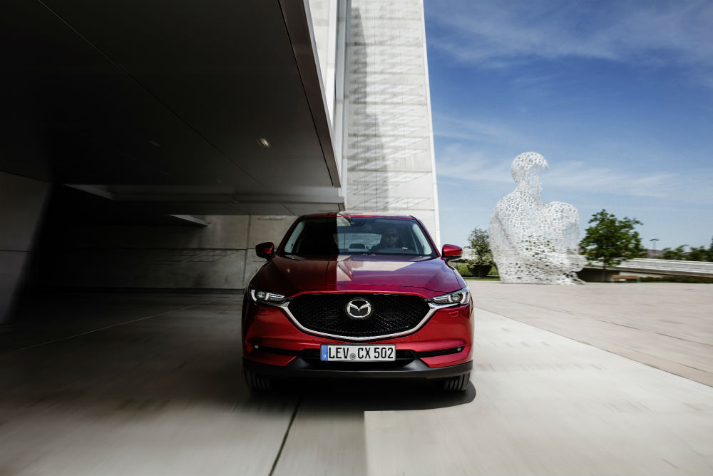 all-new-cx-5-bcn-2017-action-18