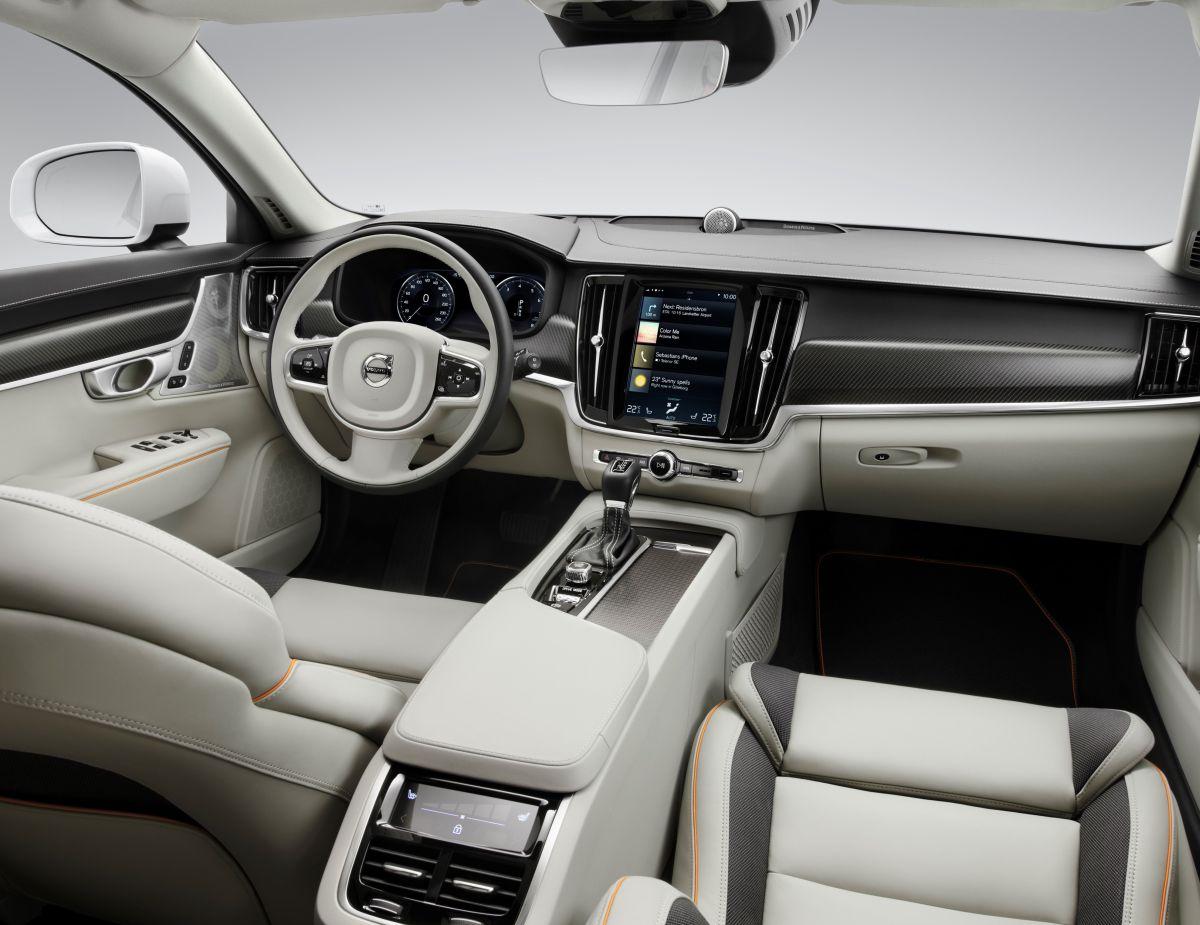 Volvo V90 Cross Country Volvo Ocean Race interior