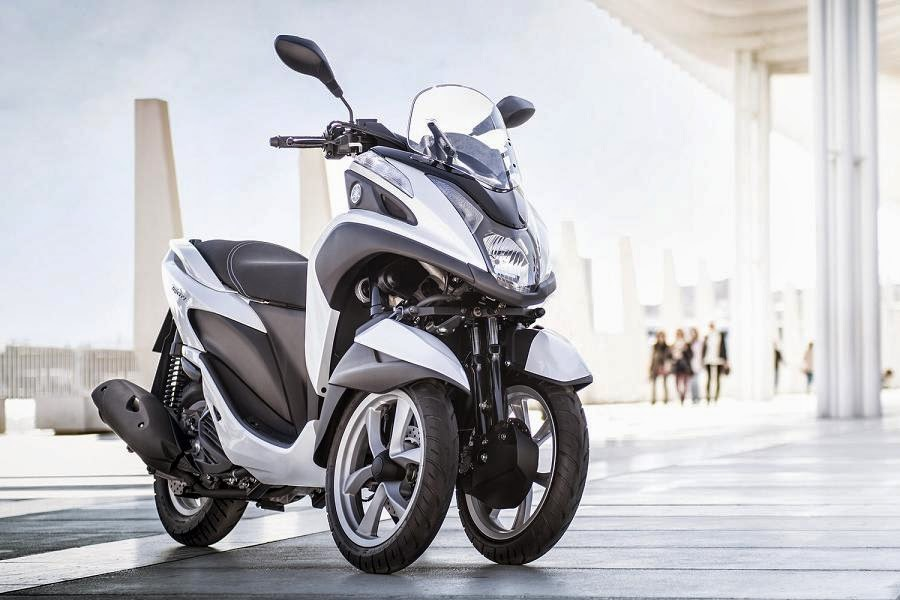 yamaha-tricity-2015-front-side-1