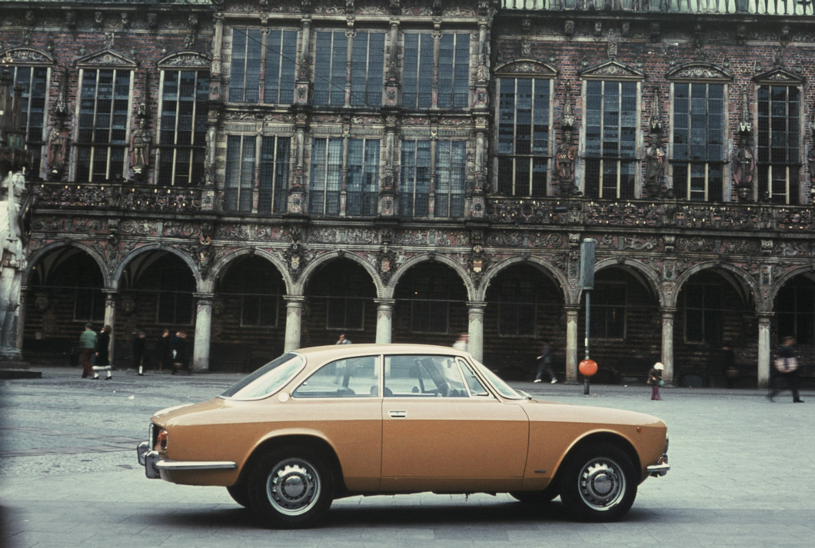 ARHA0312_Giulia Coupé 1300 GT Junior 1969-1973